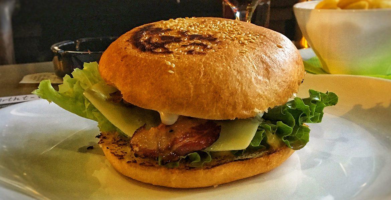 K.S.E.T. Burger - K.S.E.T. Pab