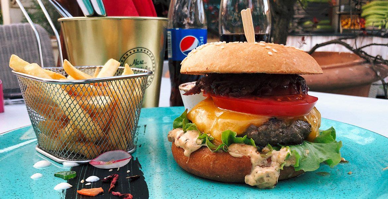 Dry Aged Beef Burger - Mala stanica Banja Luka