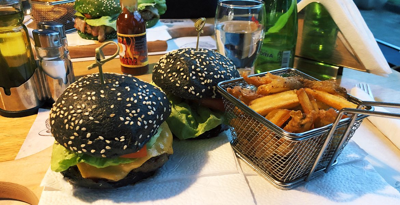 Cheeseburger XXL - Kort Caffe Restaurant, Banja Luka