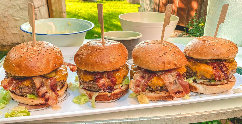 BurgerMania Classic Burger