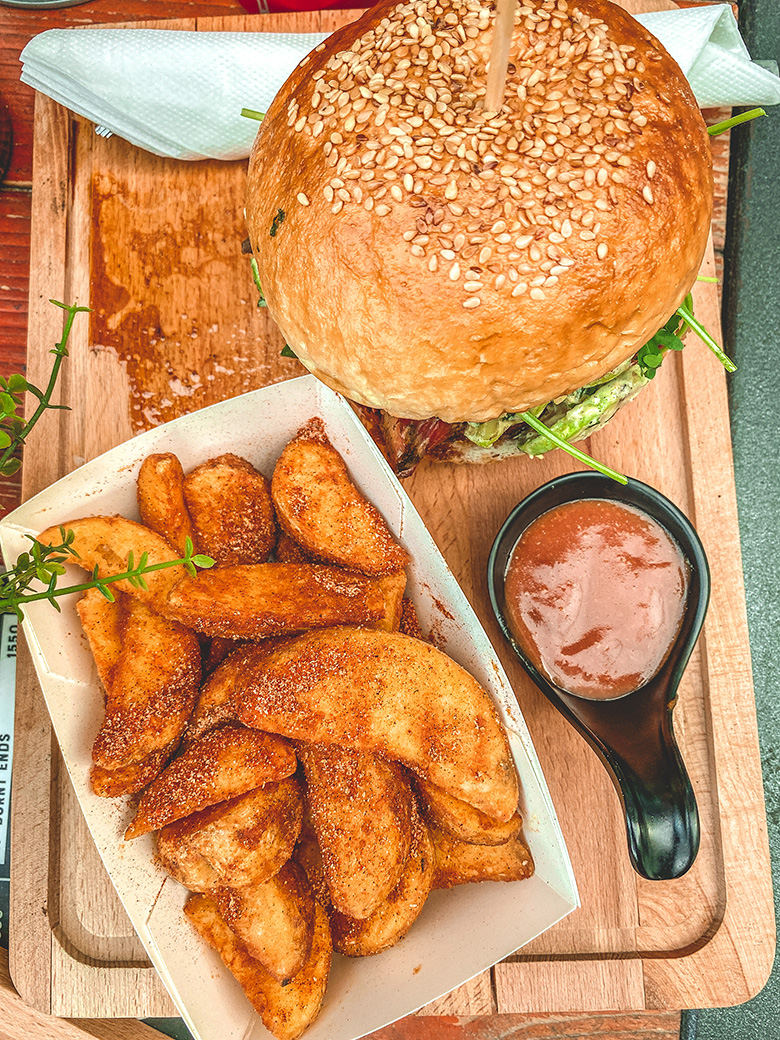 Black Jack Burger - Holy Smokes, Beograd