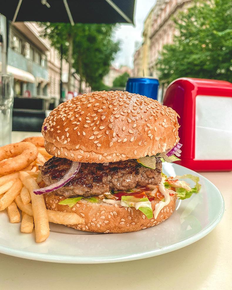 Original Burger - Intergalactic Diner, Beograd