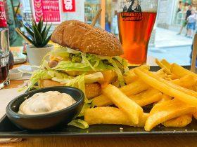 Tuna Cheese Burger - Hook & Cook, Pula
